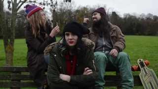 Смотреть клип Kate Nash - I Hate You This Christmas