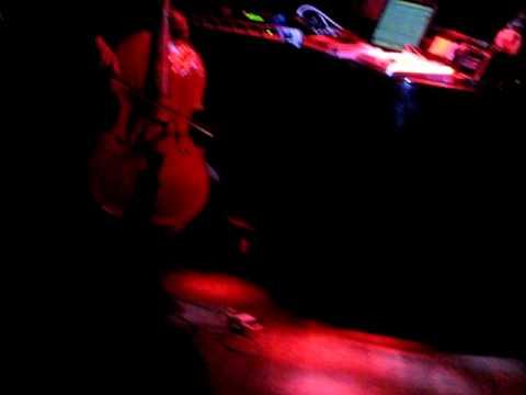 SomethingALaMode - RondoParisiano feat. Karl Lagerfeld (LIVE Paris 16/02/2010) mp3