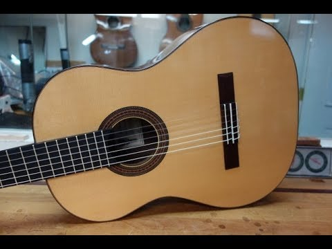 O'Brien Guitars - Spruce soundboard classical