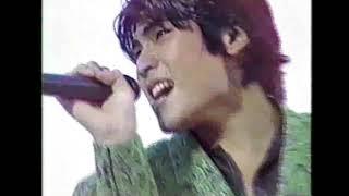 吉川晃司 live 1985 サヨナラは八月のララバイ 雨上がりの非常階段 二人抜け出した非常階段の ドアの向こうに聞こえてるParty 逢えるなんて思わなかった今夜 ステップを ...