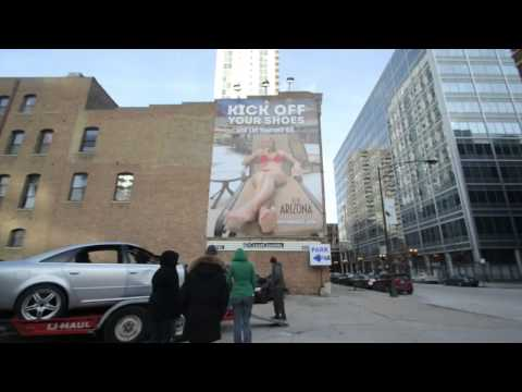 Arizona Tourism Display Crushes Cars in Chicago with Giant F