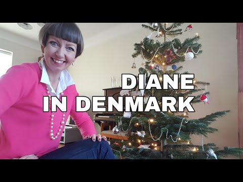 Diane's Danish Christmas – our Tree and Traditions