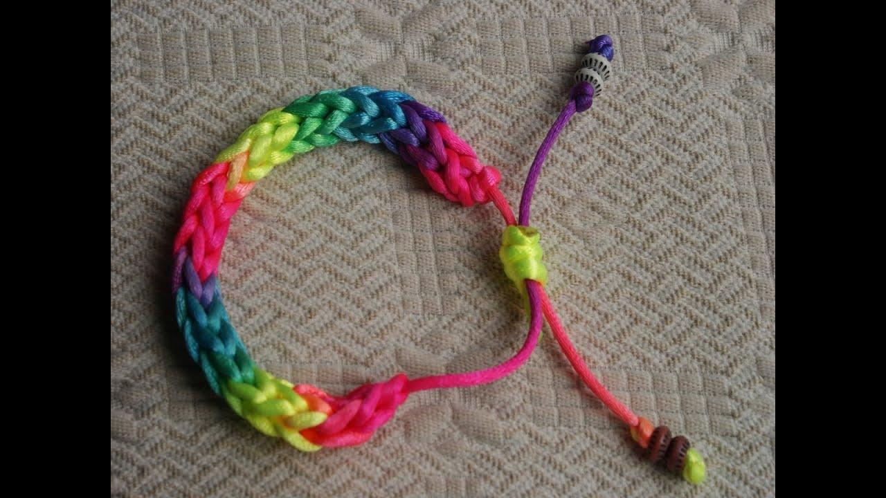 7e405c2d514c pulsera multicolor crochet by Maria Luz Evangelio