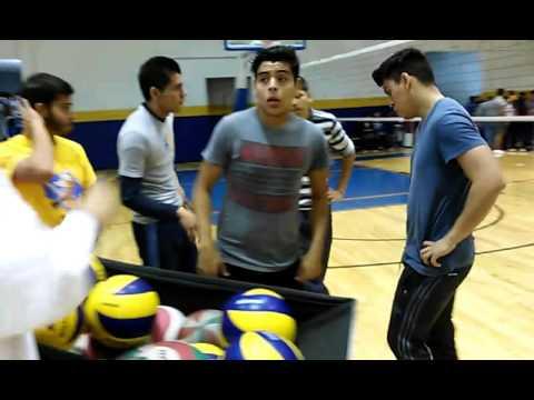 Clase Voleibol en Educacion Fisica