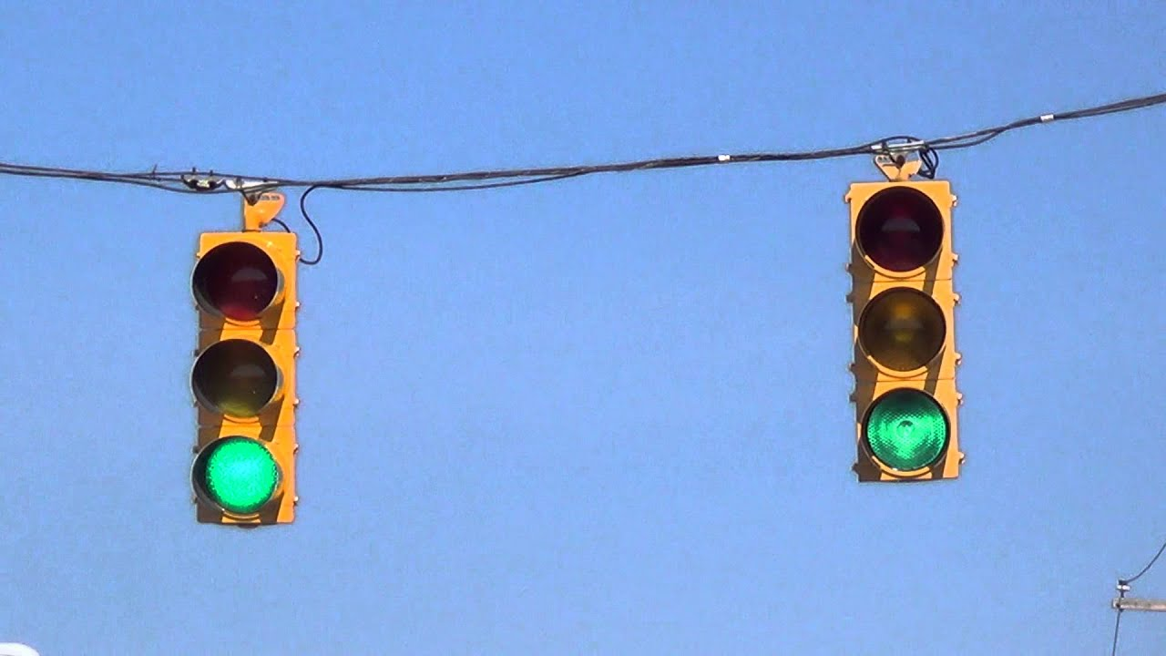 Incandescent ICC and LED Siemens Traffic Lights