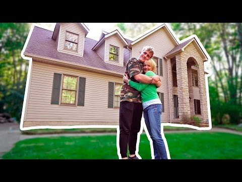 BIGGEST SURPRISE YET (Happy Mother's Day Mom!)