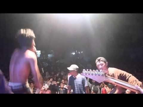 Wedus Gimbal  Melayang Lepas  Live Show Sawah Dalem