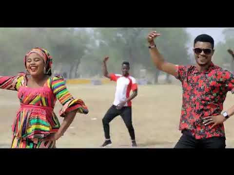 Download Kalli SABUWAR WAKAR Hamisu breaker ft Salisu s Fulani (full HD)
