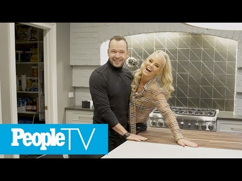 Inside Jenny McCarthy & Donnie Wahlberg's Chicago Home | PeopleTV