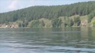 Eerie Giant Underwater Serpent Filmed In Russian Lake