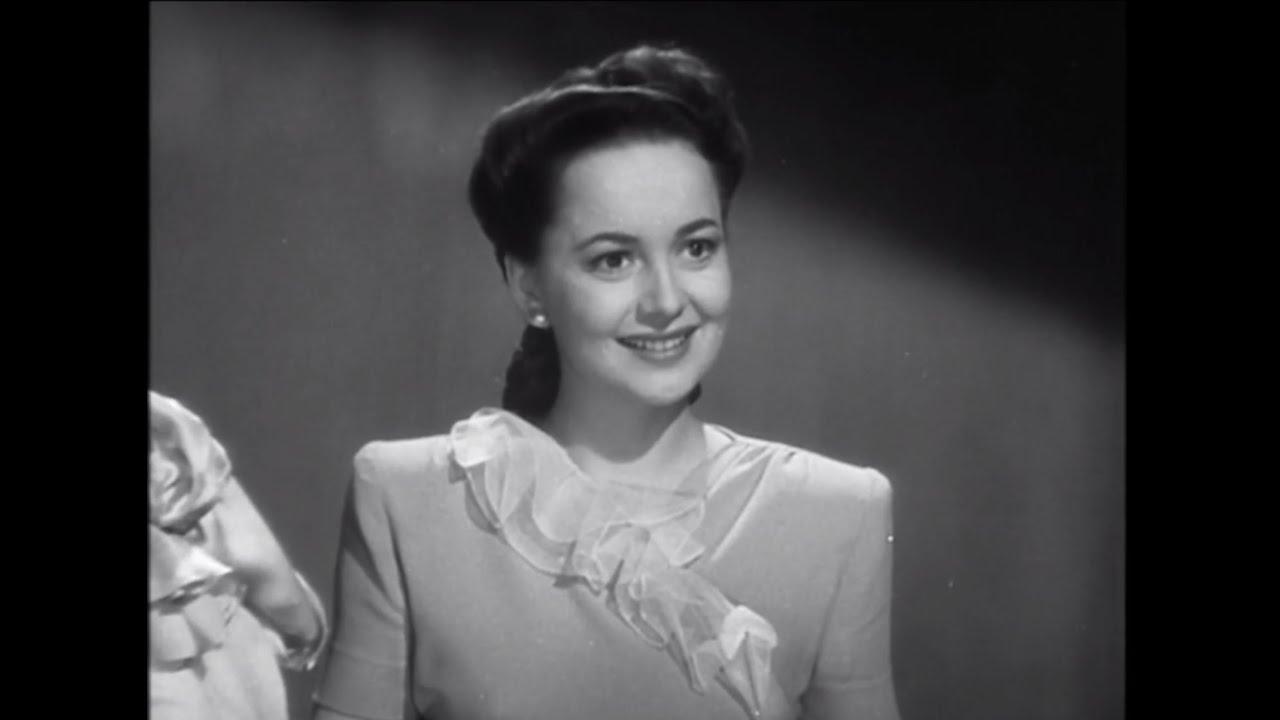 Olivia de Havilland, Golden Age of Cinema Star and Trailblazer ...