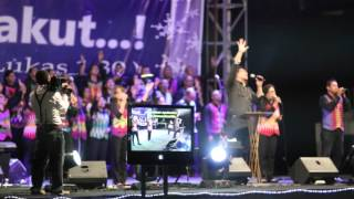 Ibadah Tutup Tahun 2015 & Tahun Baru 2016 ROCK Ambon