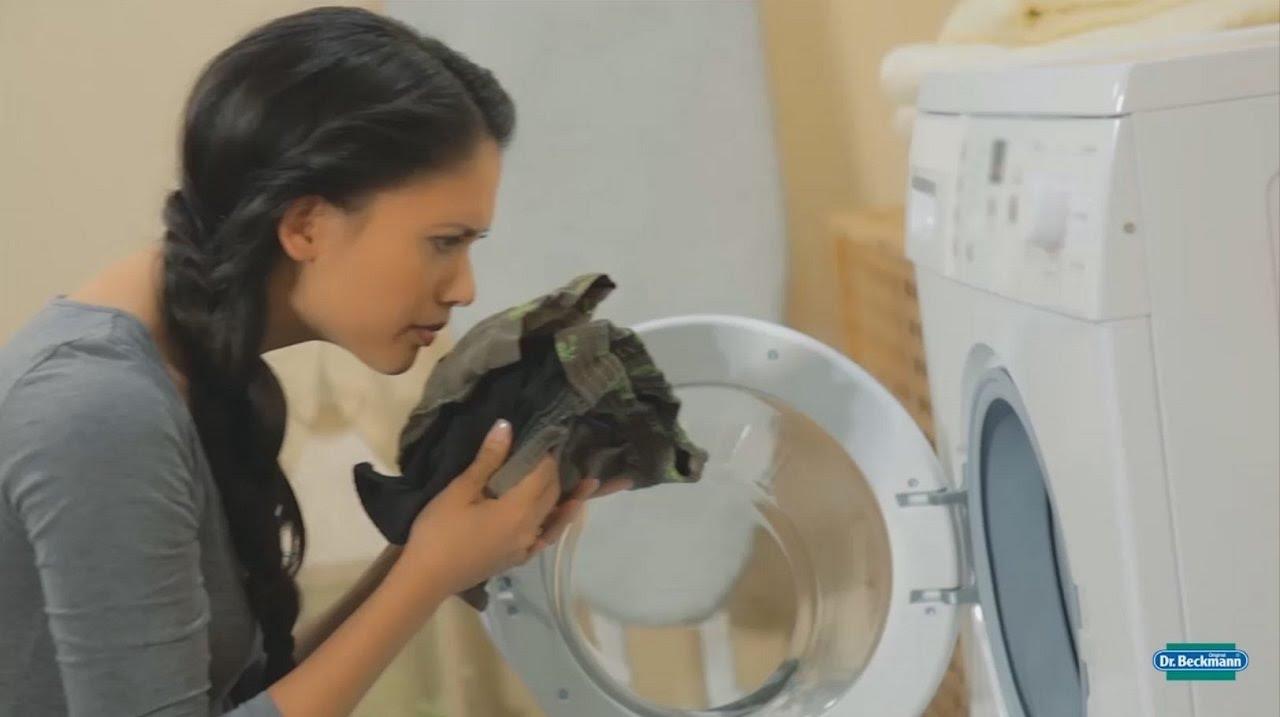 fjerne dårlig lugt i vaskemaskine