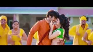 navel played nd enjoyed to the core, erotic expressions navel touch nd kiss in saree thumbnail