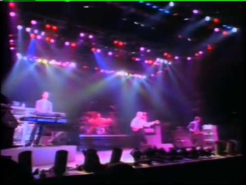 Level 42 - Something About You - live Wembley 1986