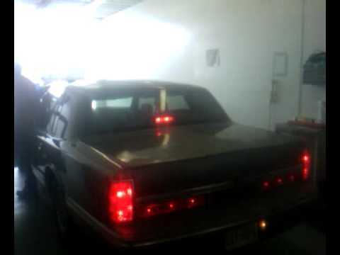 Lincoln Town Car With Led Brakelights Youtube
