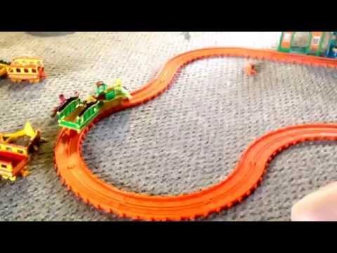Dinosau Train loop.