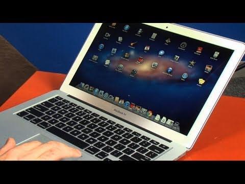 CNET Tech Review: New MacBook Airs no lightweights