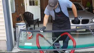 Auto Glass Replacement in NJ / BMW Windshield Replacement
