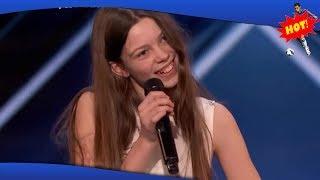 ✅ Genert 13-årig pige væltede talentshow: Selv Simon Cowell måtte overgive sig