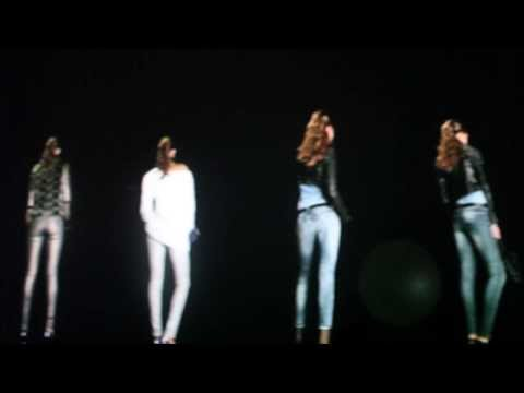 GUESS 3D HOLOGRAPHIC FASHION SHOW in Barcelona 2014