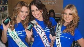 Miss Venezuela en el lanzamiento del Nokia N9
