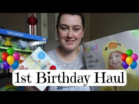1st BIRTHDAY PRESENT HAUL | CHARLIE'S...