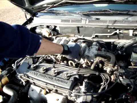 95 Nissan Sentra with factory GA16DE engine in it. - YouTube