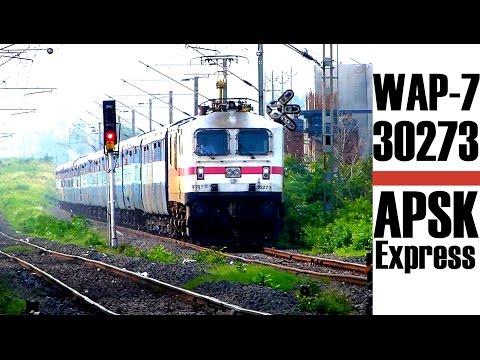 Powerful WAP7 locomotive Andhra Pradesh Sampark Kranti Express !!