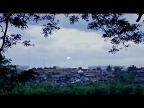 Video klip: slank kupu biru   musik kapanlagi. Com kapanlagi. Com.