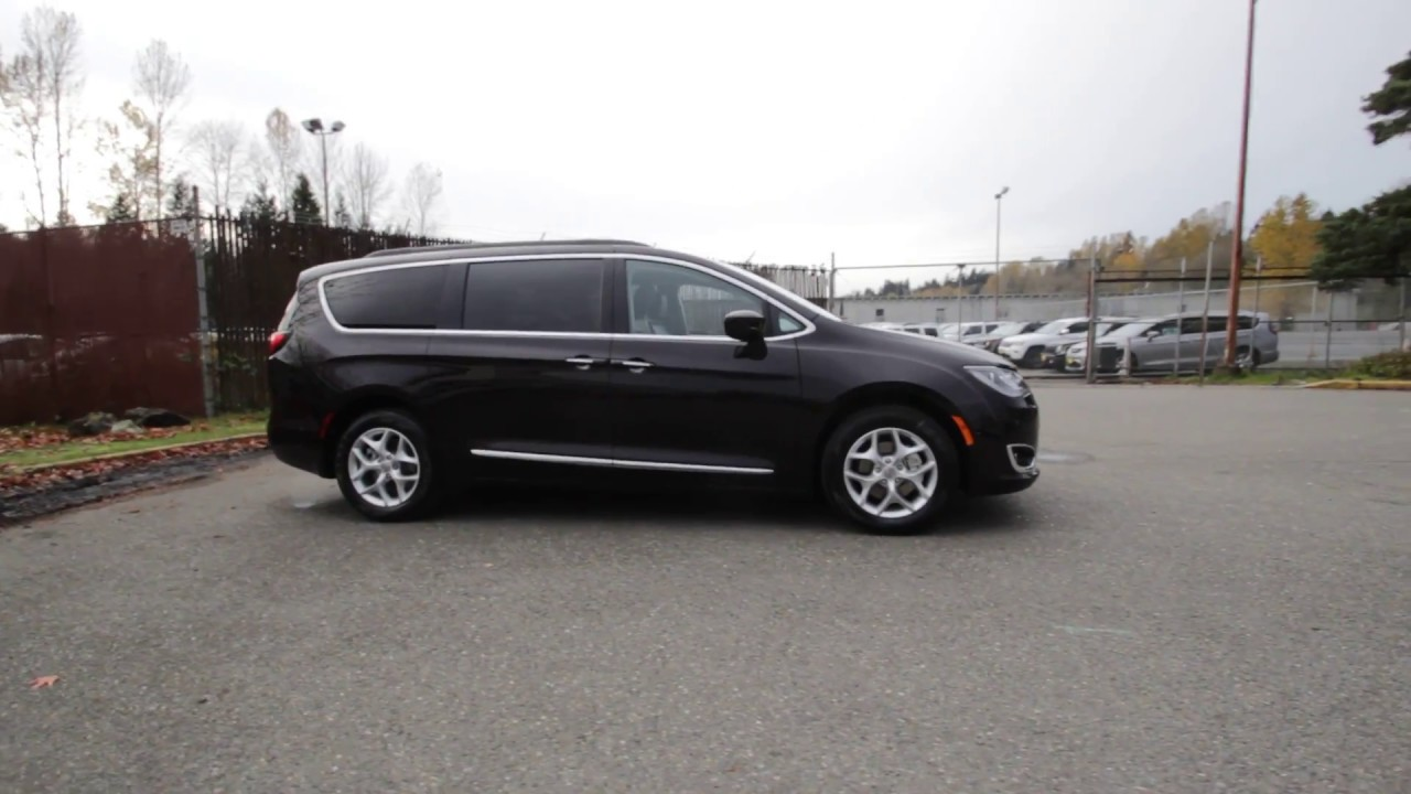 2017 Chrysler Pacifica Touring L Dark Cordovan Pearl