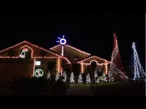 Stoutwood Lights 2011 - Let It Snow - Martina McBride
