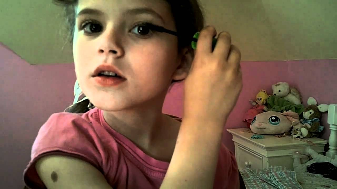Applying Mascara With Emma Makeup Tutorial For Kids - Youtube-2962