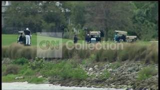FL:OBAMA PLAYING GOLF PALM CITY (EXCLUSIVE)