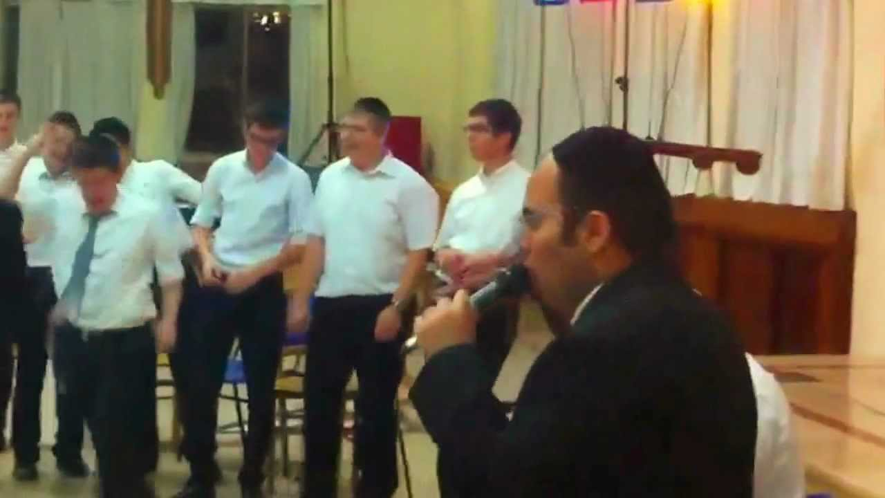 Baryo with Rabbi Baruch Chait sing Vaani Bechasdecho
