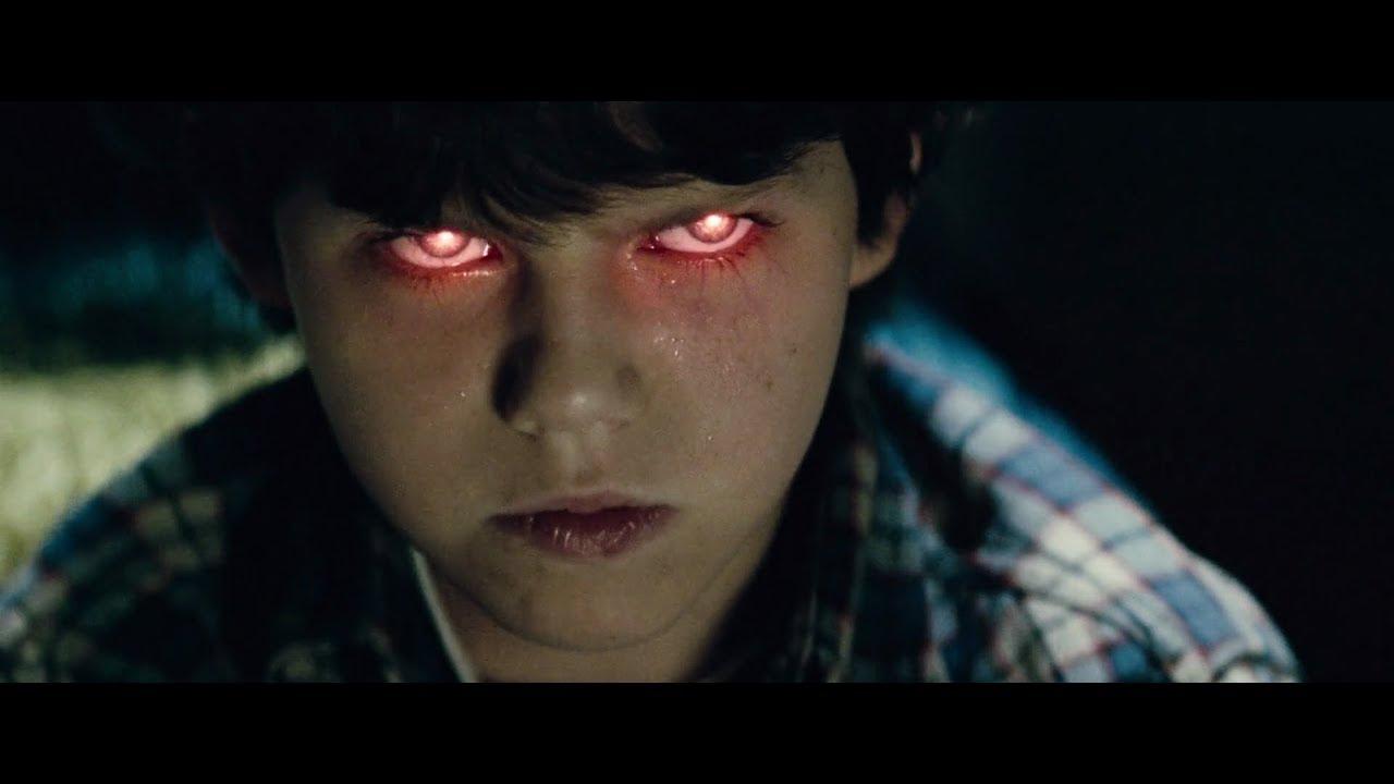 Download Man of Steel - Kid Clark Kent`s Childhood Difficulty - School Scene (1080p Bluray)