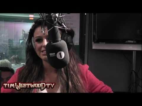 Cher Lloyd singing live *EXCLUSIVE* - Westwood