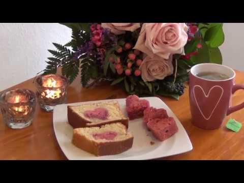 zum valentinstag kuchen mit herz f r den liebsten backen youtube. Black Bedroom Furniture Sets. Home Design Ideas