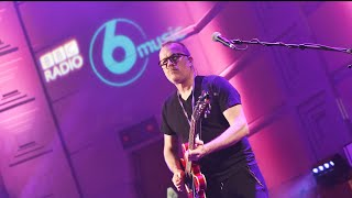 Doves - Cycle Of Hurt (6 Music Live Session in the Radio Theatre)