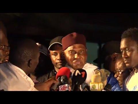 (REPLAY) Arrivée de Me Wade : Le point  à la permanence du Parti démocratique Sénégalais(PDS)