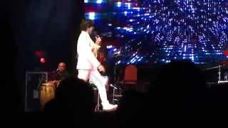 Gambar cover Sonu Nigam Live Concert in Mauritius (2014) – Phir Milenge Chalte Chalte - Rab Ne Bana Di Jodi