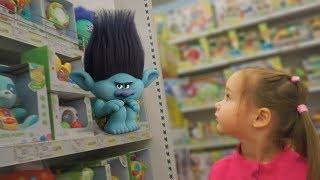 Тролли на полке Развивающее видео для детей Trolls on the shelf