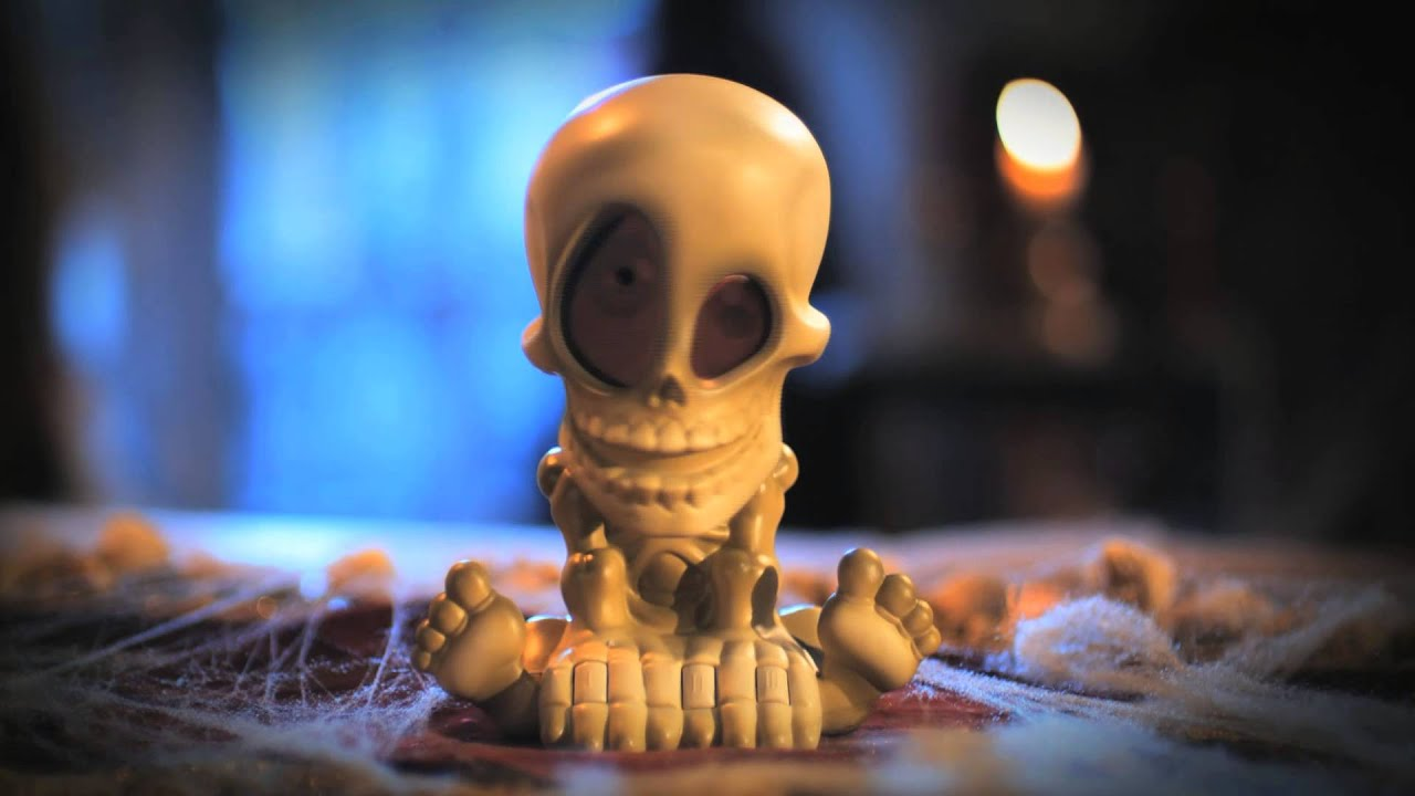 Johnny the skull tv commercial youtube for Cazafantasmas juego de mesa