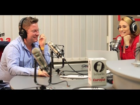 La Radio cu Andreea Esca și Pavel Bartoș