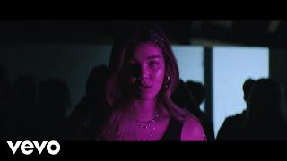 Смотреть клип Audrey Mika - Pan!C