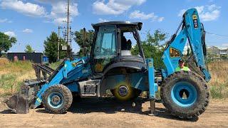 Tractor JCB het wiel viel eraf - Dima schiet te hulp