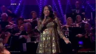 Caroline Henderson - (You Make Me Feel Like) A Natural Woman - Live