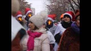 По центральным улицам Саратова шествуют кикиморы, зайцы и медведи