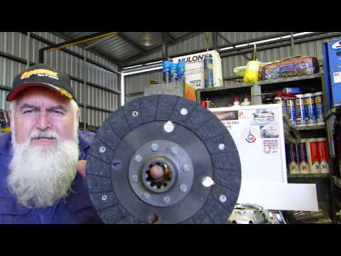 How to overhaul your Ferguson TE20 Clutch Pressure Plate Part 1