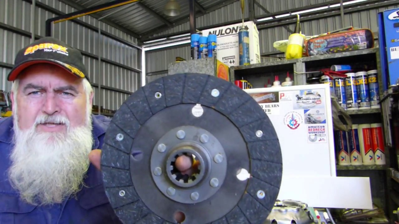 How to overhaul your Ferguson TE20 Clutch Pressure Plate Part 1